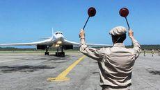 Moscow điều chiến cơ tới Venezuela, Nga-Mỹ đấu khẩu