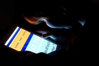 Phát hiện gây sốc về ảnh hưởng của smartphone tới vỏ não trẻ em