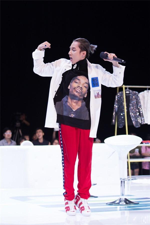 Sơn Tùng bất ngờ xuất hiện trong clip ngắn của Snoop Dogg