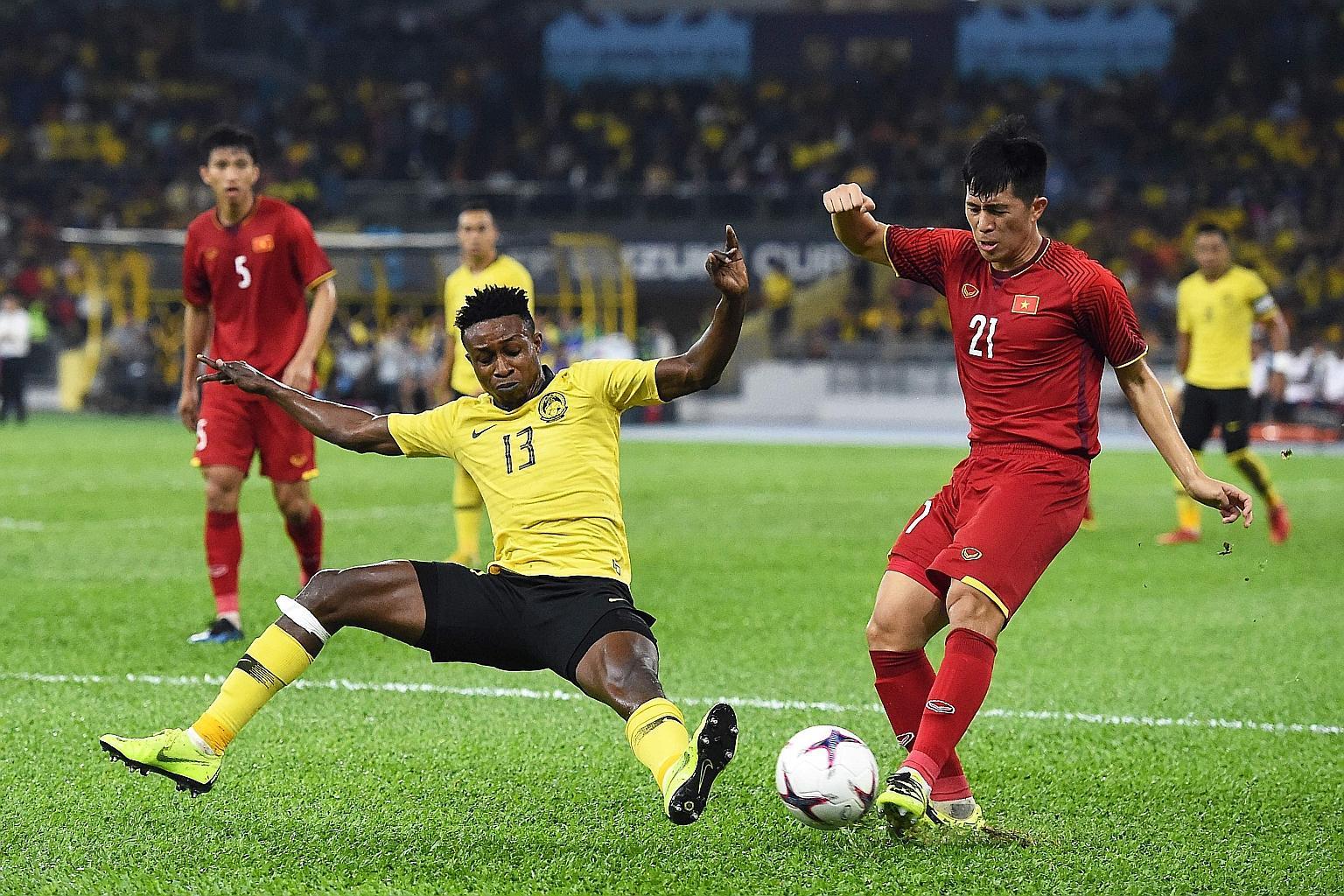 Malaysia thách thức Việt Nam: Trông cả vào Sumareh