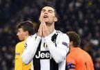 Ronaldo vô duyên, Juventus thua đau đội cuối bảng