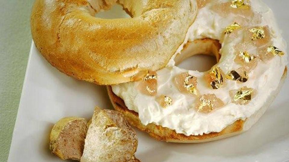 Ly kem dát vàng 25.000 USD và các món ăn đắt đỏ thế giới