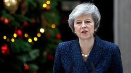 Vượt qua bỏ phiếu bất tín nhiệm, Thủ tướng Anh đối mặt thách thức mới