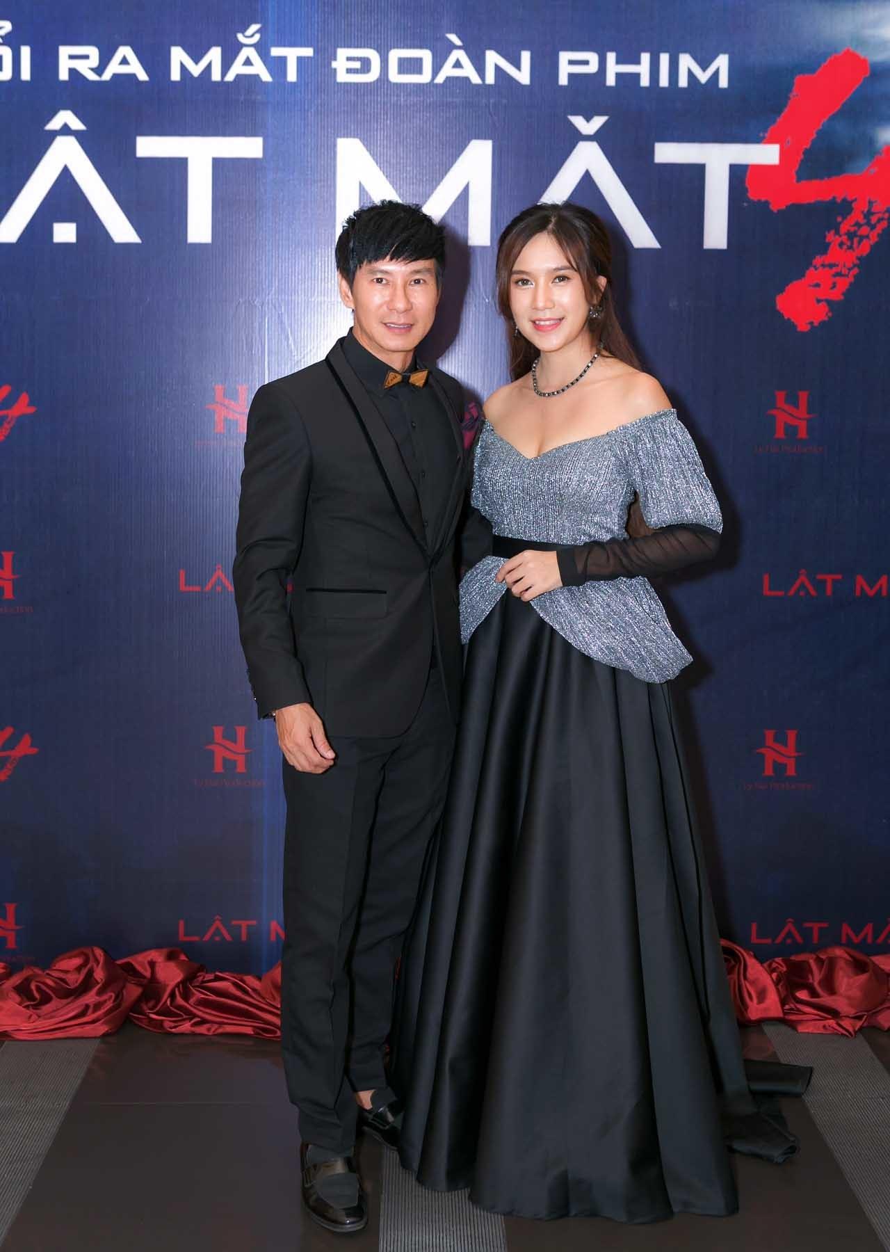 Lý Hải và vợ hotgirl kém 16 tuổi bật mí về bộ phim 17 tỷ