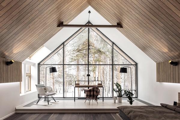Dinh thự gỗ nguy nga hơn 500 m2 mọc trên đất rừng