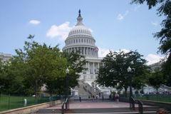 Hài hước cảnh nghị sĩ Mỹ bốc thăm chọn văn phòng