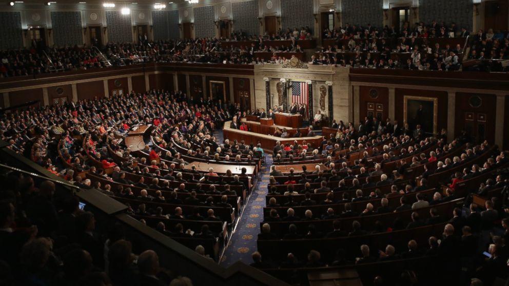 Thượng viện Mỹ thách thức quyết định của ông Trump