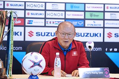 """HLV Park Hang Seo: """"Tôi muốn chạm tay vào chiếc cúp vô địch"""""""