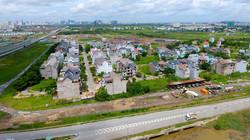 Đất ngoại thành rộng mấy cũng chỉ 'nhà quê', nội thành hẹp cũng 'Hà Nội xịn'?