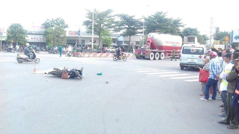 Cô gái bị xe bồn cán chết thảm ở vòng xoay 'tử thần'