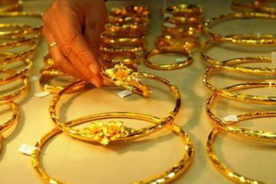 Giá vàng hôm nay 5/1: Tăng vượt ngưỡng 1.300 USD/ounce