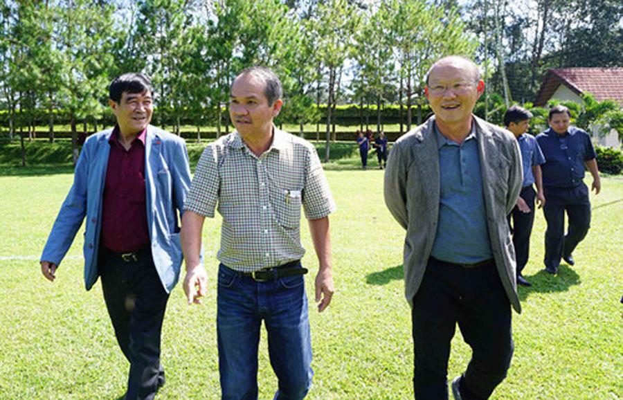 Bầu Đức,tuyển Việt Nam,HLV Park Hang Seo