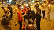 Hơn 100 xe máy bị tạm giữ sau 'bão' đêm mừng Việt Nam vô địch