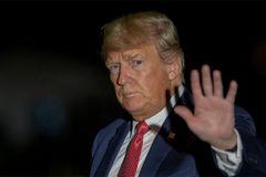 Điểm danh loạt 'tai ương pháp lý' bủa vây ông Trump