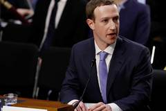 CEO Facebook thú nhận theo dõi người dùng cả khi không đăng nhập