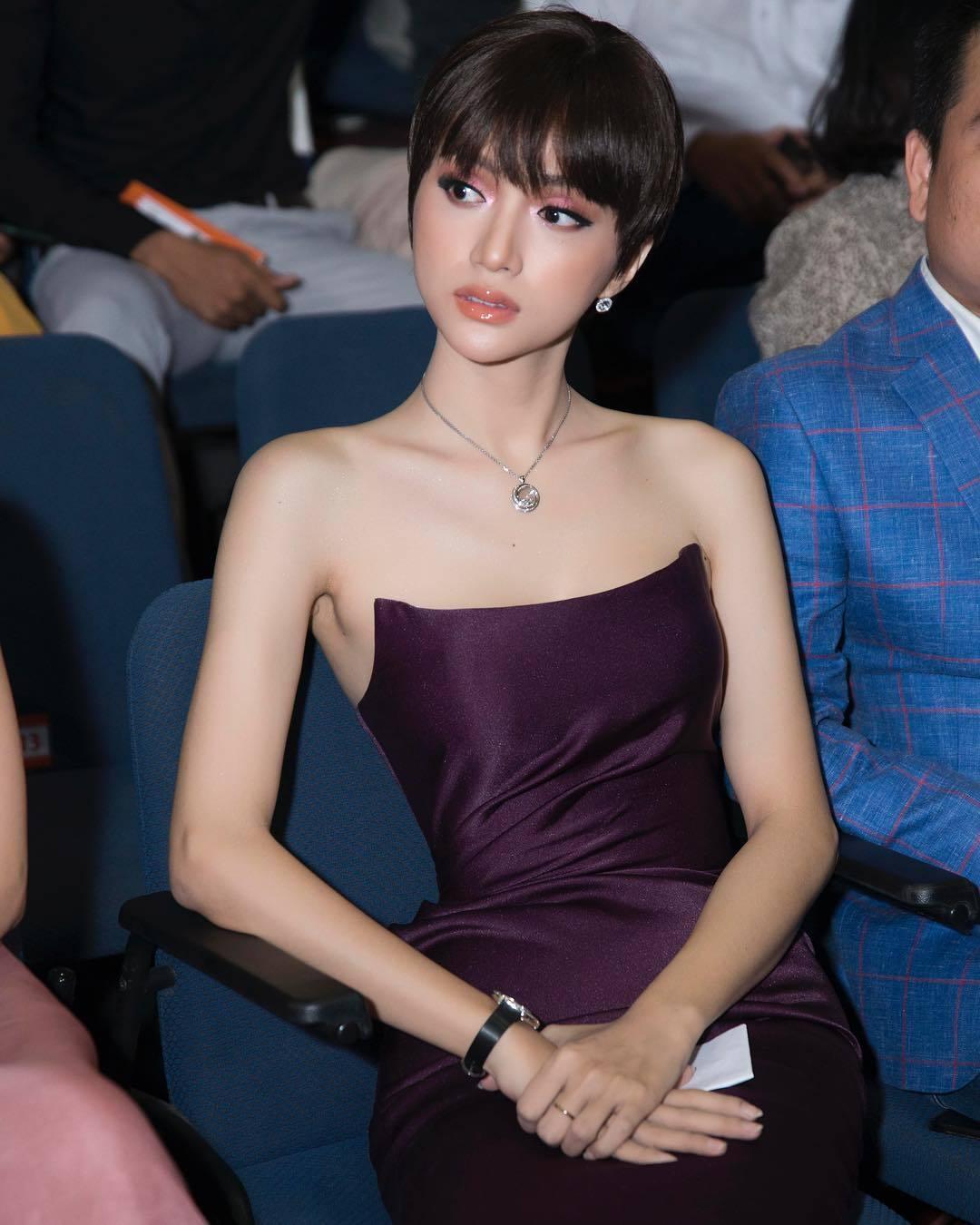 Sao Việt, Tin sao Việt, Tin tức sao Việt, Trấn Thành, H'Hen Niê, Cao Thái Hà, Sơn Tùng, Hương Giang,  , Hoa hậu Hoàn vũ 2018