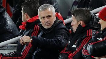 """""""Thanh trừng"""" Mourinho, MU mất 24 triệu bảng tiền bồi thường"""