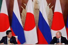 Nga xây trại lính trên đảo tranh chấp với Nhật