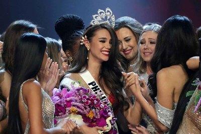 Tân Hoa hậu Hoàn vũ 2018 được Phó tổng thống Philippines khen ngợi