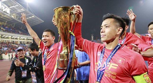 Tuyển Việt Nam đi Asian Cup: Chia tay Văn Quyết, Anh Đức, Đình Trọng