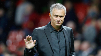 MU sa thải HLV Jose Mourinho