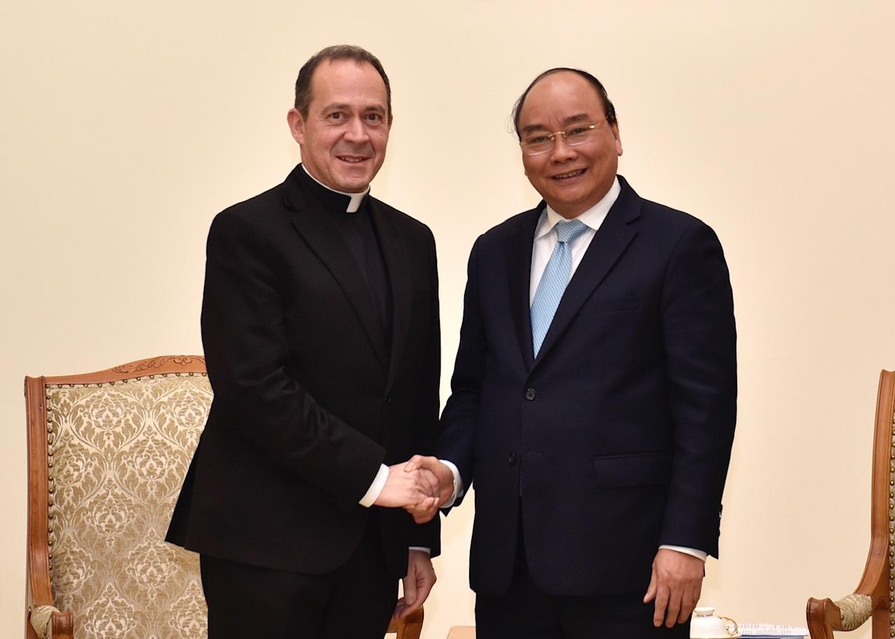 Thủ tướng tiếp Thứ trưởng Ngoại giao Toà thánh Vatican
