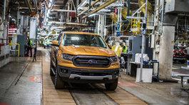 Bỏ sản xuất xe con: Ông lớn Mỹ GM, Ford 'đuối sức' trước hãng Nhật, Đức