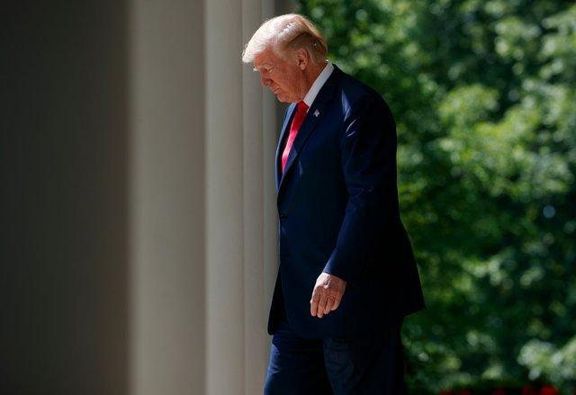 Ông Trump đồng ý mở cửa chính phủ trong 3 tuần