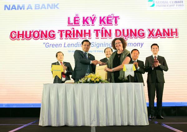 ngân hàng,đại sứ,vì môi trường