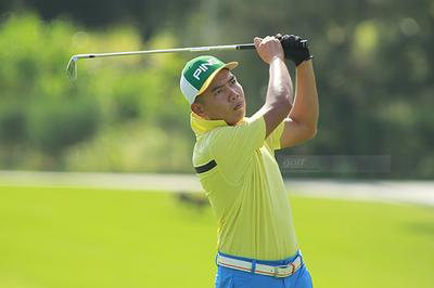 """Golfer từng làm caddie """"giật"""" HIO ngoạn mục ở FLC Vietnam Masters 2018"""