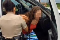 Người mẹ quay video lạm dụng con gái 16 tháng rồi gửi cho bạn trai