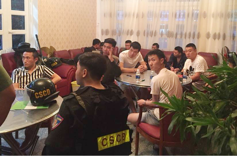22 người Trung Quốc thuê biệt thự ở Vũng Tàu làm thẻ ngân hàng giả