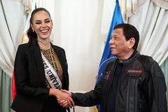 Tổng thống Philippines chào đón Hoa hậu Hoàn vũ 2018