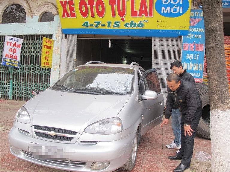 Thuê xe tự lái dịp Tết: Tung chiêu moi tiền khách hàng