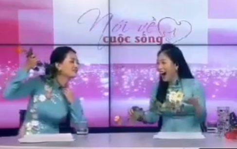 MC Quỳnh Chi trần tình sự cố đùa cợt trên sóng trực tiếp