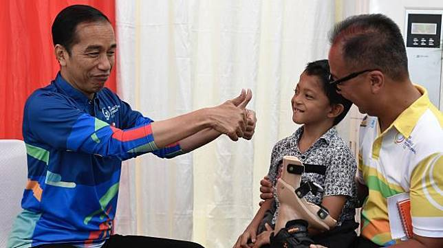 trẻ khuyết tật