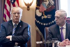 Bị tướng trung thành 'bỏ rơi', ông Trump sẽ gây khủng hoảng toàn cầu?