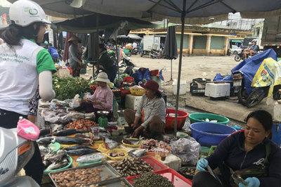 Kiểm tra công tác hậu kiểm an toàn thực phẩm tại Khánh Hoà