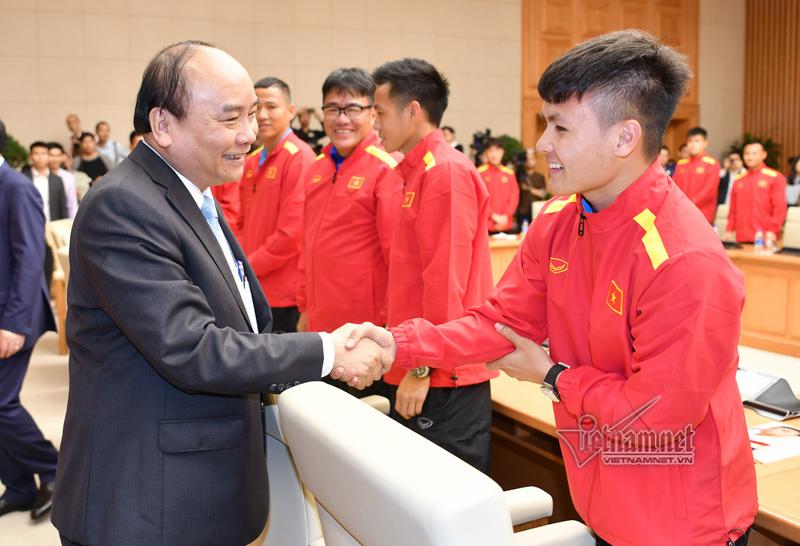 Thủ tướng,Park Hang-Seo,đội tuyển Việt Nam,Nguyễn Xuân Phúc,Quang Hải
