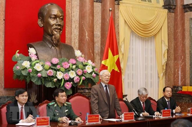 Tổng bí thư, Chủ tịch nước gặp mặt các già làng, trưởng bản tiêu biểu