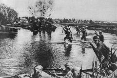 Ngày này năm xưa: 4 triệu quân Xô-Đức giao đấu trên sông