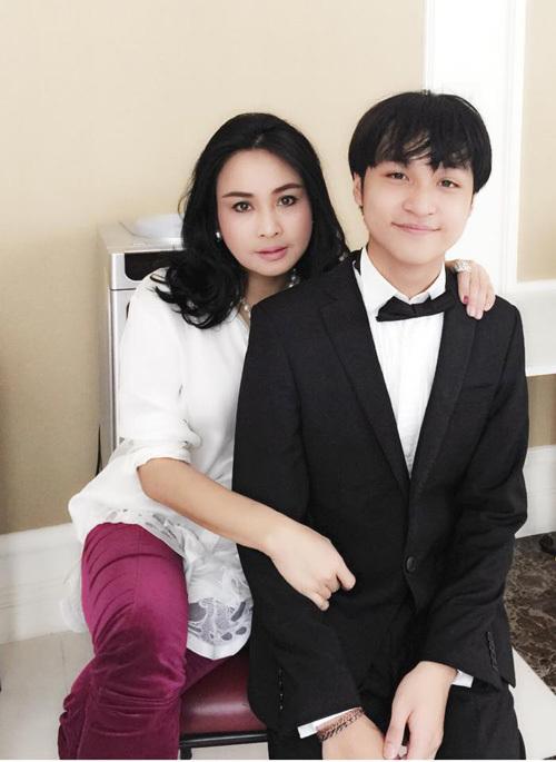 Những người con tài giỏi ít người biết của sao Việt