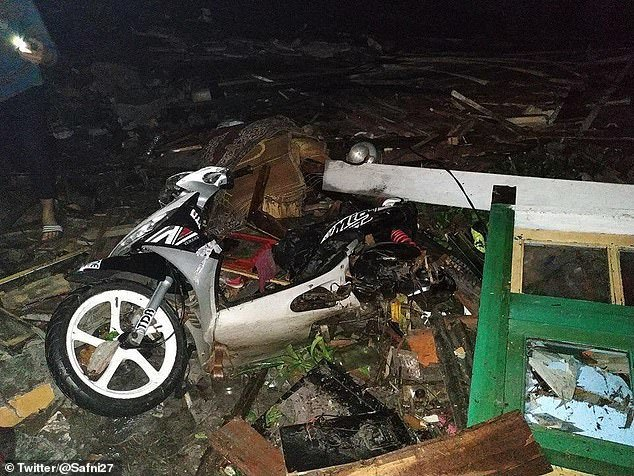 Sóng thần tấn công Indonesia, thương vong lớn