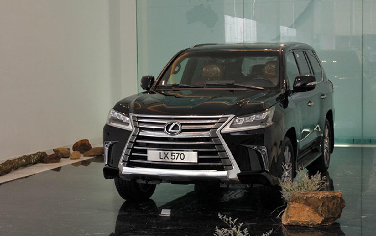 Lexus,ô tô tăng giá