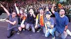Vụ sóng thần làm chết 222 người cuốn trôi cả một ban nhạc ở Indonesia