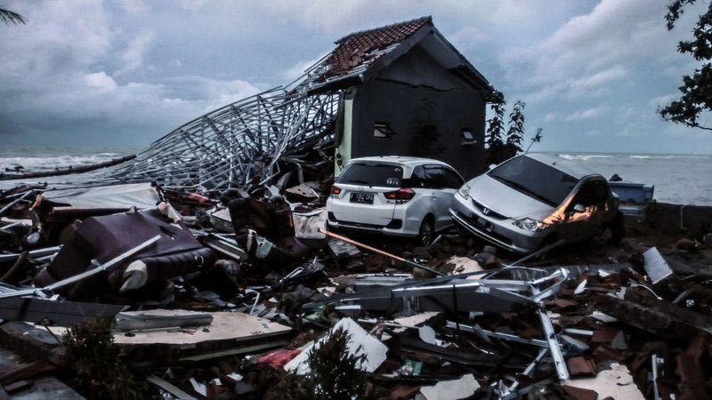 Cảnh báo có thêm sóng thần dữ dội ập vào Indonesia