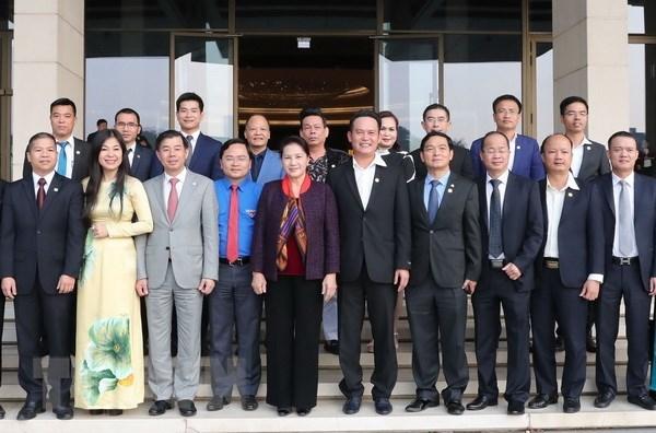 Chủ tịch QH gặp mặt các doanh nhân trẻ
