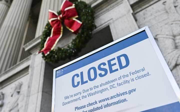 Chính phủ Mỹ sẽ dừng hoạt động tới sang năm