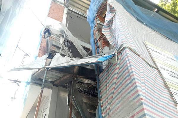 Sập giàn giáo ở trung tâm Sài Gòn, 1 người chết, 2 người bị thương