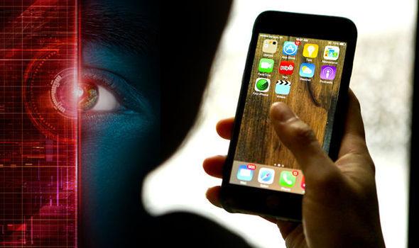 Google bị kiện vì bán dữ liệu người dùng iPhone